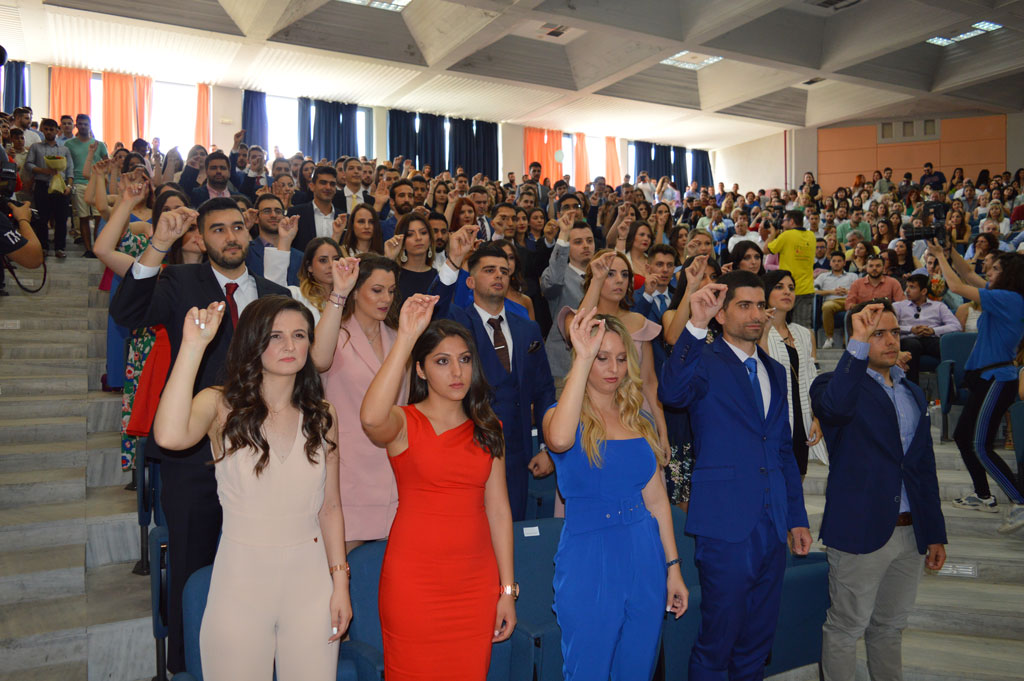 9492ff049e0 86 ακόμα νέοι νομικοί στην Κομοτηνή (+Gallery) - paratiritis-news